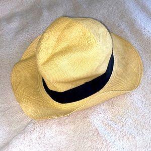 Beach Hat JCREW genuine Panama hat . Gently worn.